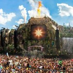 Tomorrowland-is-Broadcasting-LIVE-now-on-Youtube