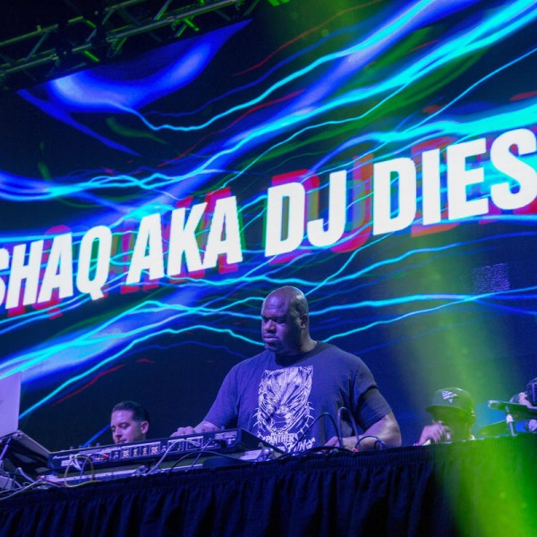 MINNEAPOLIS, MN - FEBRUARY 02: DJ Diesel; Shaquille ONeal performs at the TAO Group In Minneapolis For Big Game Weekend on February 2, 2018 in Minneapolis, Minnesota.  (Photo by Tasos Katopodis/Getty Images for TAO Group
