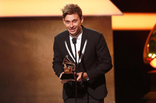flume-grammy-award-2017-billboard-1548